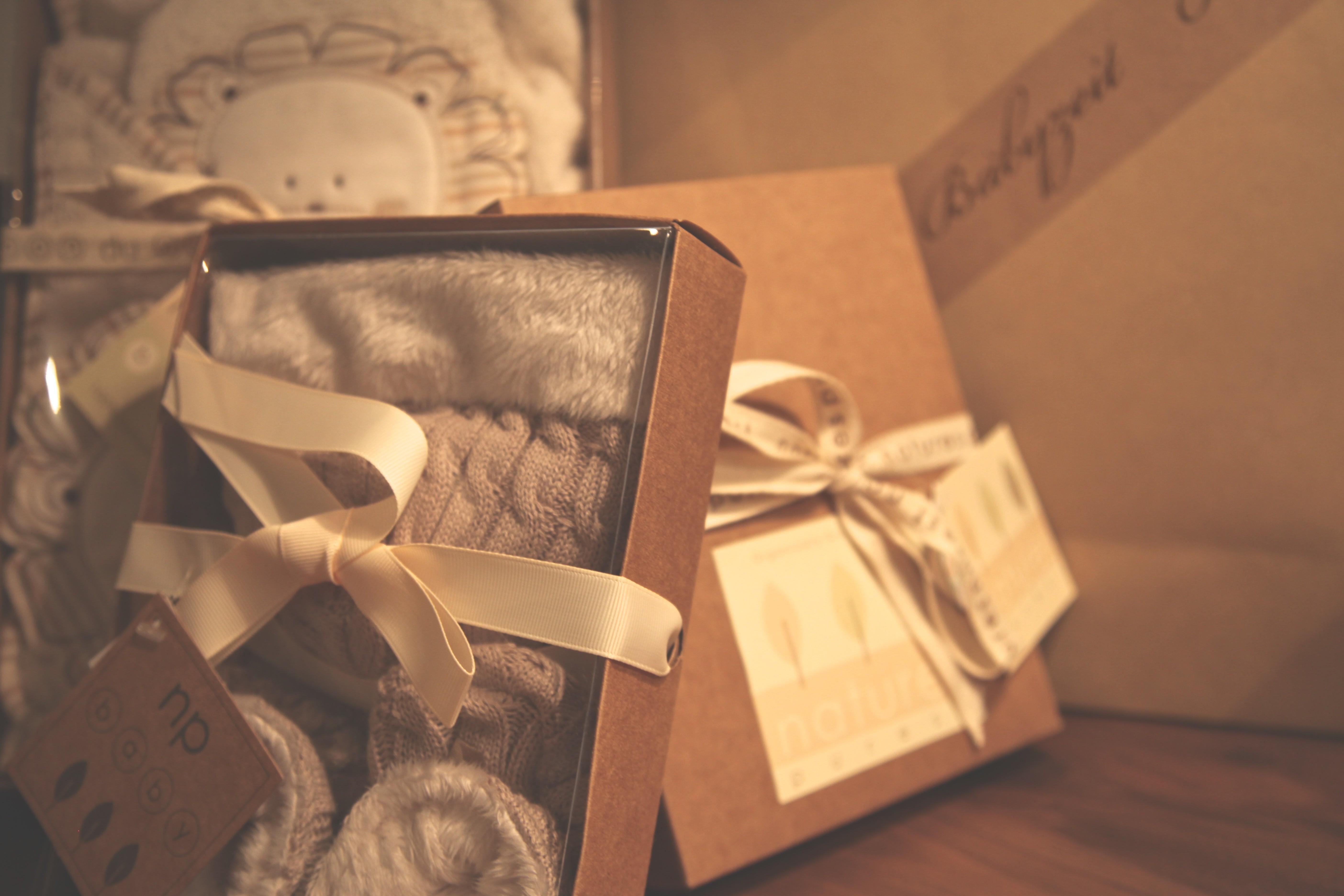 *CHRISTMAS GIVEAWAY* Wer möchte noch mehr Päckchen? Wir verlosen kuschelige Babyträume für die kalte Jahreszeit!