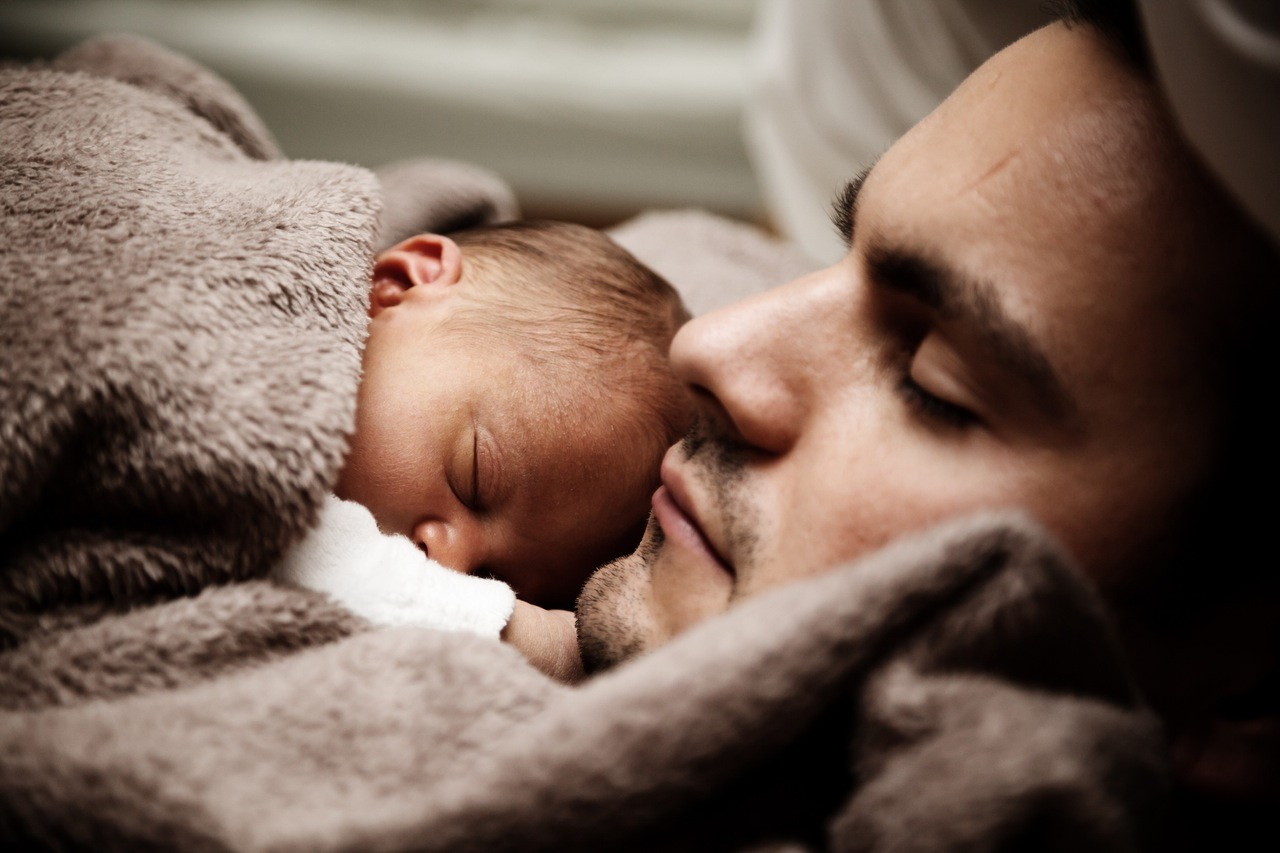 """Die """"Mamassage"""" – Hilfe bei Dreimonatskoliken und Blähungen"""