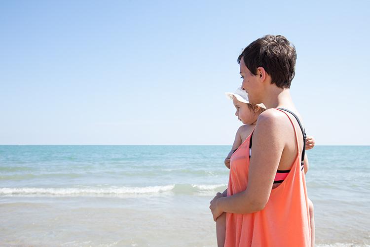 mini-and-me-italien-urlaub-strand-meer-jesolo-mit-kindern