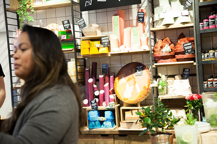mini-and-me-lush-handmade-cosmetics-donau-zentrum-mama-blogger-event4