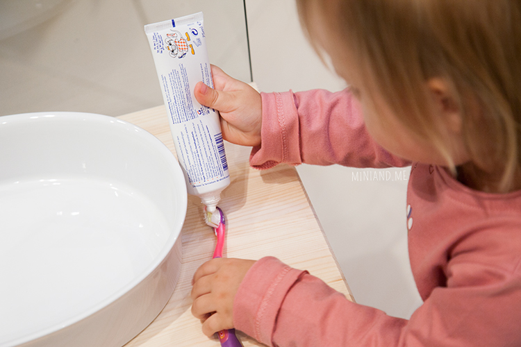 mini-and-me-miniandme-mama-lifestyle-blog-wien-leben-mit-kindern-montessori-waschplatz-zuhause-badezimmer3