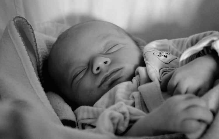 Mein Geburtserlebnis aufarbeiten und annehmen können (und was ein Monty Python Sketch damit zu tun hat)