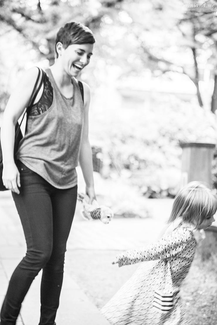 Warum weder Unerzogen noch Attachment Parenting die eine Antwort ist. Über eigene Wege und wahre Begegnung.