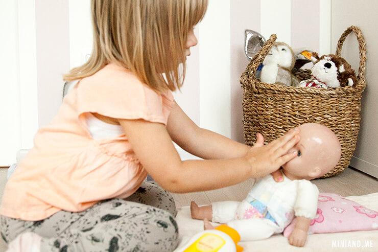 8 Impulse für achtsame Babypflege: Wie wir die tägliche Pflege bewusster gestalten und so die Bindung zu unserem Kind stärken