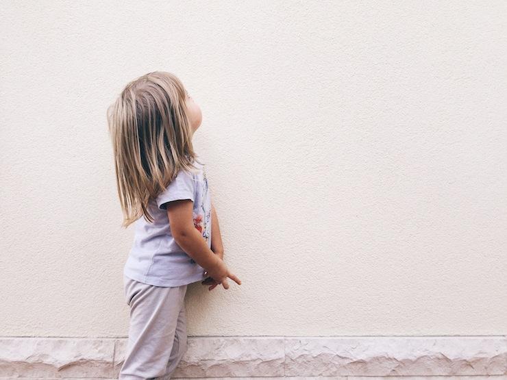 """Beziehung statt Erziehung leben - jeden Tag entscheide ich mich aufs neue dafür, dir auf Augenhöhe zu begegnen (Und wie wir Entscheidungen im Großen mit """"Österreich Entscheidet"""" anpacken können (Mini and Me, Leben mit Kindern, Frei von Erziehung, eine eigene Meinung haben, Farbe bekennen, aktiv werden, mitgestalten, entscheidungen treffen, verbindlicher Volksentscheid)"""