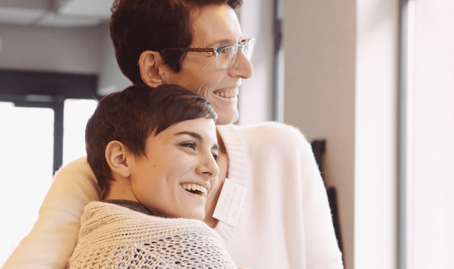 Beziehungscafé: Wir bringen beziehungsorientiert lebende Mamas im echten Leben zusammen (mit Video: Jeder braucht Grenzen!)