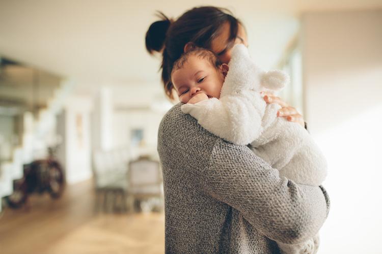 Babys Bäuchlein: 20 Tipps um Koliken vorzubeugen und für rasche Hilfe