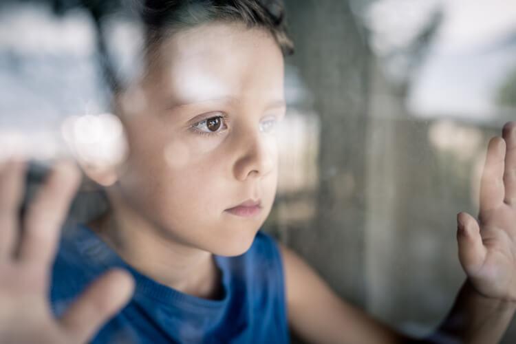 Hochsensible Kinder: Kinder können nicht entspannter sein als ihr Familiensystem (Hochsensibel, Hochsensibilitöt, Beziehung statt Erziehung, Trauma, Traumafolge, Kinder begleiten, Dami Charf) #beziehungstatterziehung #hochsensibel #hochsensiblekinder #hochsensibilität