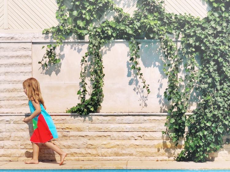 Mückenstiche und Schwitzen ade: Wie Reima mit zwei pflanzlichen Innovationen den Sommer im  Freien noch schöner macht