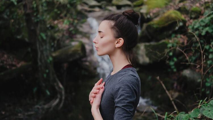 Negative Gedanken loslassen: Wenn ein Gedanke weh tut, ist er nicht wahr - Byron Katie The Work #miniandme #thework #byronkatie #mindset #gedankenkraft